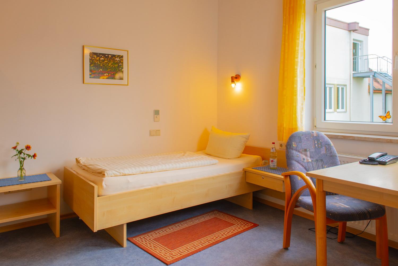Einzelzimmer Gästehaus Oase